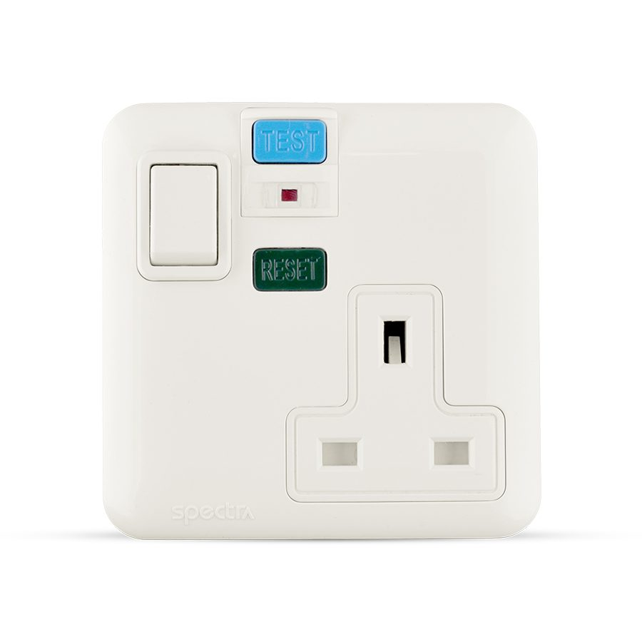 13A socket 1 gang with RCD white color spectra